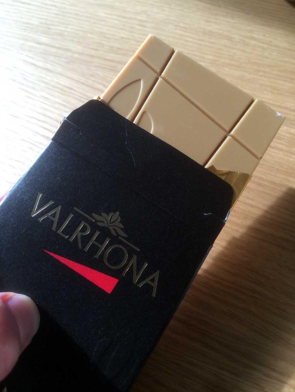 Valrhona Dulcey Blond