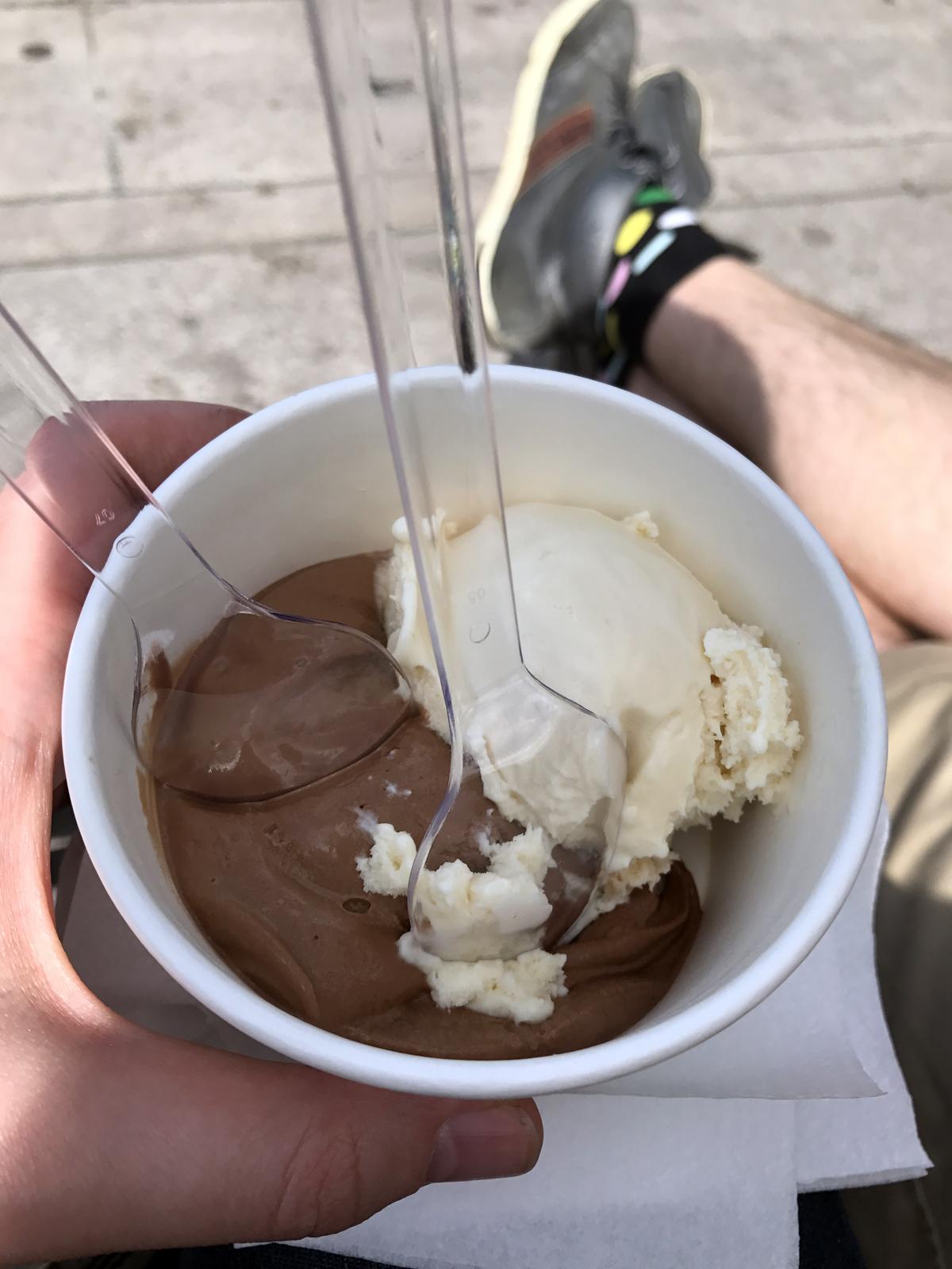 Nordic Fauna bean to bar-chokladglass och jordärtskocksglass på Smaka på Stockholm